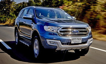 รีวิว Ford Everest 3.2 Titanium+ 2018 ใหม่ ซิ่งตะลุยฝุ่นฝ่าขุนเขาที่ลาวใต้