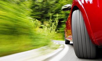 """""""ยาง"""" รถคุณขับได้เร็วสูงสุดกี่ กม./ชม.?"""