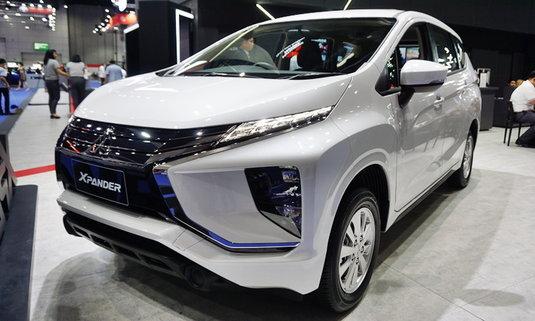 ชมภาพ Mitsubishi Xpander 2018 รุ่นเริ่มต้น GLS-LTD ราคา 779,000 บาท