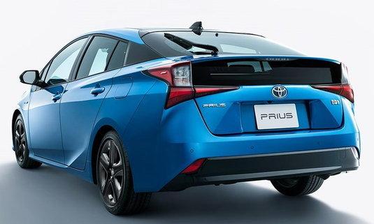 Toyota Prius 2019 ไมเนอร์เชนจ์ใหม่ เคาะราคาเริ่มต้น 728,000 บาทที่ญี่ปุ่น