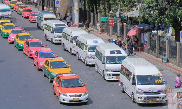 เผยวิธีลดเสี่ยงโควิด-19 ทั้งคนขับและผู้โดยสารรถตู้สาธารณะ