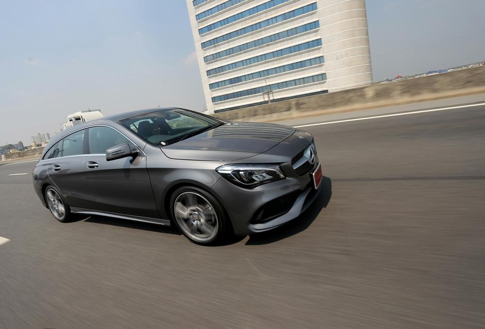 Mercedes-Benz CLA250 AMG Dynamic
