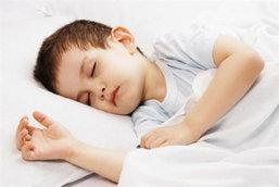 4 วิธีช่วยฝึกลูกน้อยให้หลับด้วยตัวเองได้อย่างง่ายๆ