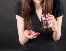 ไขข้อข้องใจกับการใช้ยาคุมฉุกเฉินระหว่างมีประจำเดือน ป้องกันยังไงไม่ให้พลาด !