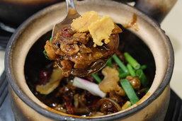 """""""A One Claypot House"""" ร้านหม้อดินและโจ้กแสนอร่อย ... ต้อนรับแขกบ้านแขกเมือง - สิงคโปร์"""