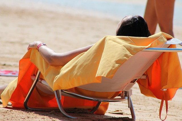 5 อันตรายจากรังสี UV เลี่ยงแดดให้ดีก่อนสุขภาพพัง!