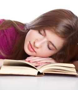 อ่าน-เขียน ก่อนนอนช่วยหลับสบาย