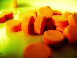 นิด้าเผยวัยรุ่นไทยเชื่อยาเสพติดระบาดรุนแรง