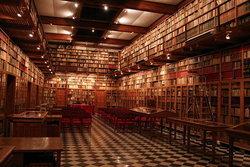 20 ห้องสมุดเอกชนและบุคคลที่สวยงามมาก