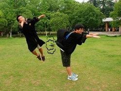 แอ็คชั่นฮาๆ ในวันรับปริญญาของนักศึกษาจีน