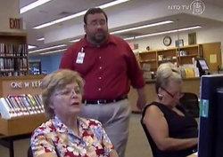 ห้องสมุดสหรัฐฯ เปิดคอร์สสอนผู้สูงอายุเรียนรู้วิธีการใช้เฟซบุ๊ก