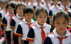 ระทึก จีนฉาวอีก เรียกคืนเครื่องแบบเด็กนร.กว่าสองหมื่นคน หลังพบปนเปื้อนสีย้อมผ้าเป็นพิษ