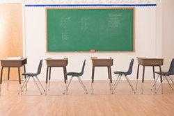 ฟังเสียงสะท้อนครู 3 รุ่น วิธีสอนเด็กในสังคมที่มีความเห็นต่าง