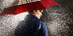 แต่งตัวอย่างไรให้มีสไตล์ในวันฝนตก