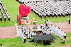 สจล. เทิดไท้พระบิดาแห่งวิทยาศาสตร์ไทย จัดพิธีมอบเนกไท และเข็มพระมหามงกุฎ ประจำปีการศึกษา 2558