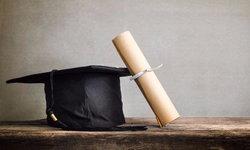 งานวิจัยชี้ 'จบปริญญาตรีภายใน 4 ปี' คือกุญเเจสำคัญต่อความสำเร็จในชีวิต
