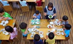 """โรงเรียนญี่ปุ่นผุด """"โครงการอาหารกลางวัน"""" ที่ให้อะไรมากกว่า...ความอร่อย"""