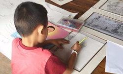 """""""น้องไอซ์"""" จิตรกรน้อย วาดภาพพระบรมสาทิสลักษณ์ แสดงความอาลัย ในหลวง ร.9"""
