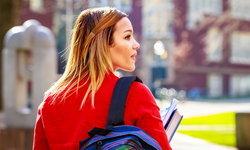 นักศึกษาต่างชาติสมัครเรียนมหาวิทยาลัยในสหรัฐฯ น้อยลง