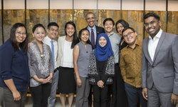 """ผู้นำรุ่นใหม่ จากไทยและ ASEAN พบ """"OBAMA"""" หาแนวทางการเปลี่ยนแปลงเพื่อการพัฒนาในสังคม"""