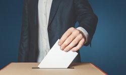 """""""อยากเป็น กกต."""" ต้องเรียนอะไร อาชีพที่รับผิดชอบระบบการเลือกตั้งของไทย"""