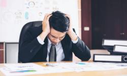 """5 วิธีจัดการ """"ความว้าวุ่นใจ"""" อุปสรรคใหญ่ต่อการทำงาน"""