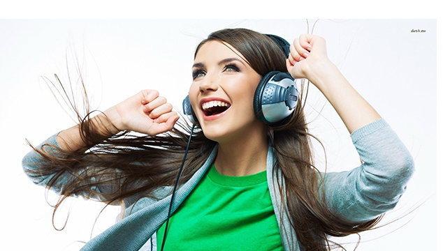 7 เทคนิคฝึกภาษาง่ายๆ เป็นเร็ว แถมไม่เบื่อโดยใช้ 'เพลง' เป็นตัวช่วย