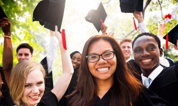 5 วิธีเตรียมตัวไปเรียนต่อต่างประเทศ สำหรับวัยรุ่นยุคใหม่