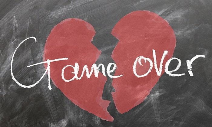 รับมืออย่างไรเมื่ออกหัก ปัญหาเรื่องรักของวัยรุ่นที่หลายคนเคยเจอ