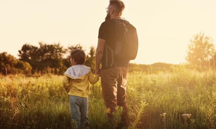 วันพ่อแห่งชาติ 5 ธันวาคม 2563 อ่านประวัติ กลอน เพลงวันพ่อ