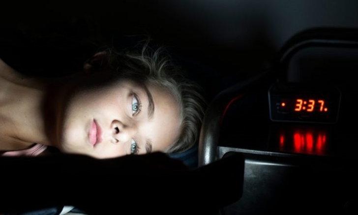 """อารมณ์ """"เบื่อหน่าย"""" อย่ามีบ่อย รบกวนการนอนหลับได้"""