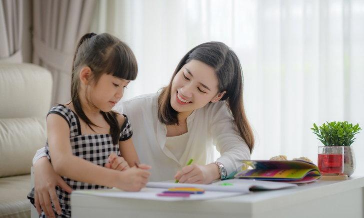สำคัญอย่างไร ที่ต้องปลูกฝังให้ลูกน้อยเห็นคุณค่าและนับถือตัวเอง
