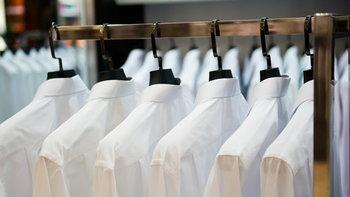 """วิธี """"กำจัดรอยเปื้อนบนชุดนักศึกษา"""" อย่างถูกวิธี ไม่ให้ทิ้งคราบเอาไว้บนเสื้อ"""