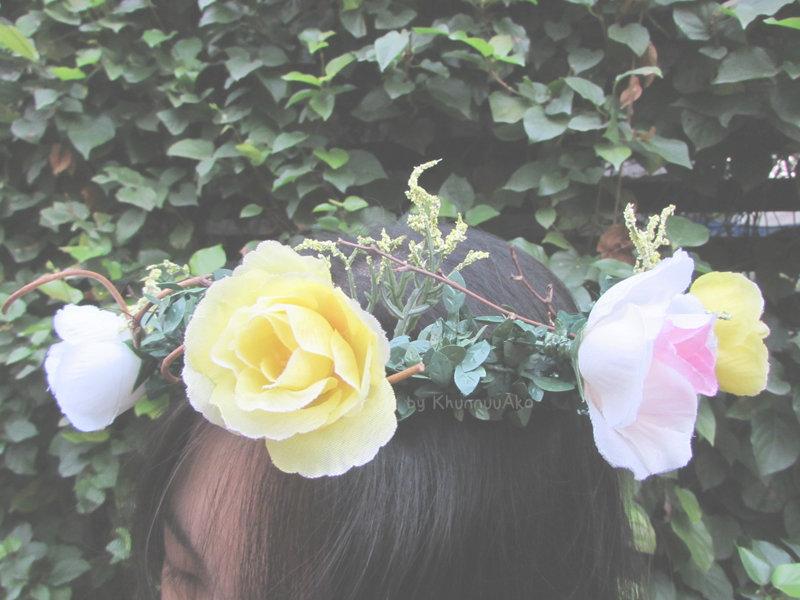 DIY มงกุฎดอกไม้ประดิษฐ์ง่ายๆ ในราคาเพียง 120 บาท
