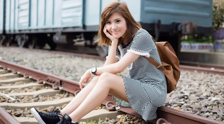 """น่ารักขนาดนี้ รู้จักหรือยัง """"หมิว ภวรัณชน์"""" พิธีกรเดินหน้าประเทศไทยวัยทีน"""