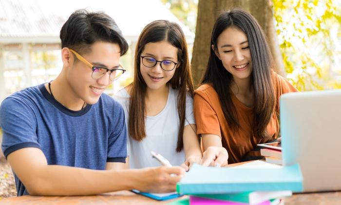 Google ฝึกนักเรียนเวียดนามเขียนโปรแกรมคอมพิวเตอร์ฟรี