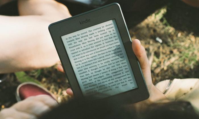 หนังสือ vs E-Book ชอบอ่านอะไรมากกว่ากัน?