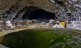 ที่นี่ไม่เห็นแดดตลอดทั้งปี คนจีนเกือบร้อยอยู่หมู่บ้านในถ้ำลึก