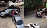 2 หญิงหัวร้อนทะเลาะตบกันยับกลางที่จอดรถ ขับรถหรูชนท้ายกันเละ