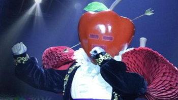 เฉลยแล้ว หน้ากากแอปเปิ้ล The Mask Singer 3 คือหนุ่มอารมณ์ดีสุดกวนคนนี้