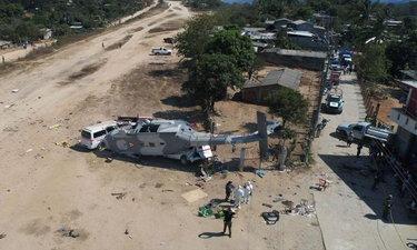 ยอดตายเพิ่มเป็น 14 ราย เฮลิคอปเตอร์สำรวจแผ่นดินไหว ตกใส่ประชาชน