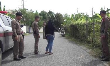 เด็กหญิงผวา อ้างถูกลวงฉุดขึ้นรถตู้ เจอเด็กอยู่อีก 3 คน ตร.ยังไม่ปักใจเชื่อ