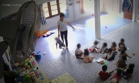 ภาพเดียว...มโนไปไกล ครูอนุบาลงัดคลิปโชว์ แจงถูกแชร์ว่าทำร้ายเด็ก