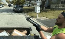 คนเก็บขยะเฮง! เจอเครื่อง PS4 ถูกทิ้ง ยังเปิดเล่นได้ปกติ