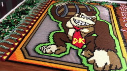 TheDominoKing ใช้โดมิโน่ไม่ต่ำกว่า 25000 ชิ้น ในการสร้างผลงาน Donkey Kong