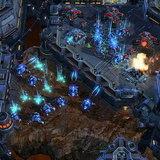 <b>StarCraft II</b>