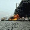 เรือสัญชาติปานามาชนกับเรือบรรทุกน้ำมันเอสโซ่ทำให้น้ำมันดีเซลเกือบ 5 แสนลิตร ไหลลงสู่อ่าวไทยใกล้เกาะสีชัง