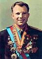 ยูริ กาการิน นักบินอวกาศชาวรัสเซียโคจรรอบโลกสำเร็จ