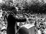 มาร์ติน ลูเธอร์ คิง จูเนียร์ (Martin Luther King Jr)