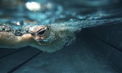 ไขข้อสงสัย เผลอดื่มน้ำในสระว่ายน้ำ อันตรายหรือไม่?